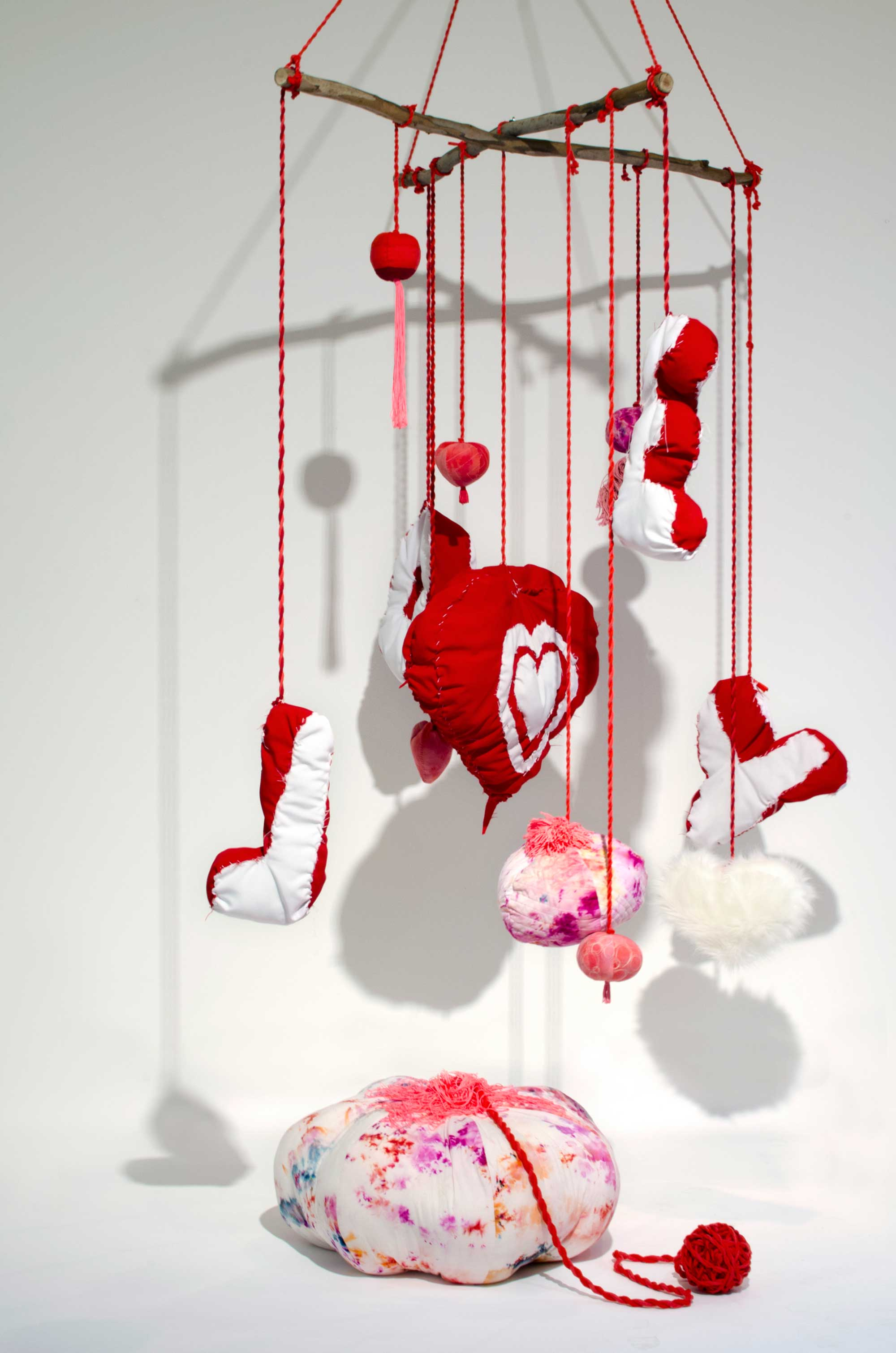 'Love Mobile' 2020, Mark Smith and Dell Stewart, ice-dyed cotton, polyester fill and trims, cotton rope, dimensions variable. Photo: courtesy of Tamworth Regional Gallery.